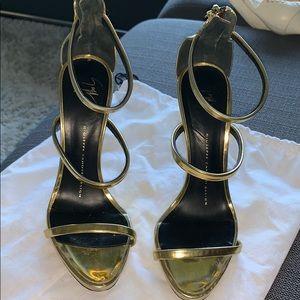 Giuseppe Zanotti gold heels